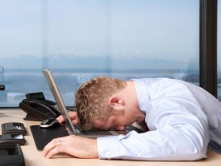 5 راهکار موثر براي کساني که در محل کار خسته مي شوند.