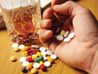 مسمومیت ناشی از داروها
