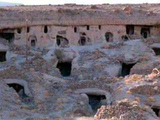 سفر به شهر آپارتمانهای سه هزار ساله