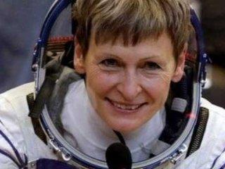 پیرترین زن فضانورد جهان، زمین را به مقصد ایستگاه بینالمللی ترک کرد.