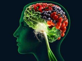 سلامت مغز خود را با این راهکارهای تغذیه ای تضمین کنید.