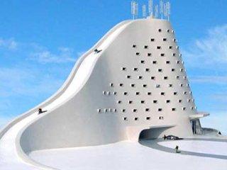 ورزش های زمستانی بر روی ساختمان هایی با معماری عجیب !