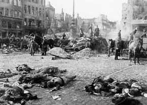 خشونت، خاطره، عدالت: جنگ داخلی اسپانیا. نویسنده: ایناسیو رامونه. مترجم: منوچهر مرزبانیان
