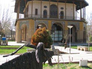کاخ چهلستون قزوین.