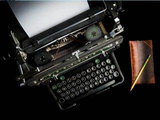 کریستوفر اسکولز: ماشینهایی که میتوانند بنویسند