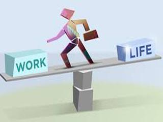 چگونه بين مسئوليت هاي كاري و خانوادگي تعادل برقرار كنيم؟ نویسنده: محمد صادق امینی