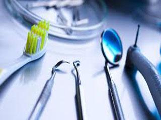 جان گرین وود، پیئر فوشار، اوگوست تاوا: دندانپزشکی به راه افتاد